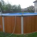 Монтаж бассейна Эсприт-Биг полностью закончен, скиммер и форсунка возврата воды вмонтированы. Производится заливка воды