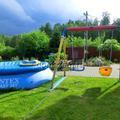 Качели с бассейном