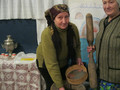 Помогаем оборудовать стенды нашего сельского музея - 03.02.2012