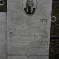 Фото захоронений на сельском кладбище