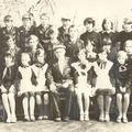Ученики с Героем СССР - Поповым А.А.