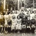 Печёнкина и Орехова с учениками в пионерлагере под Тамбовом - от колхоза Победа