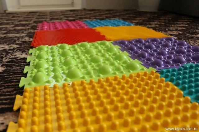 Детский коврик для ног фото