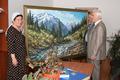 Председатель Мажилиса Казахстана передал картину в дар грозненскому лицею №1 им. Н.А. Назарбаева