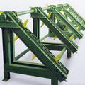 Разобщитель пачек бревен - необходимая часть механизированного лесопильного комплекса.