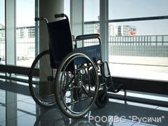 Инвалидов в аэропорту Владивостока в самолеты будут доставлять специальные лифты