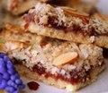 Пирожные с сухофруктами и вареньем