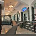 // Гостиница Сож расположена в исторической части Гомеля, недалеко от Дворцово-паркового ансамбля. Здание, в котором находится гостиница имеет очень богатую историю.