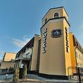 // Парк отель Замковый это новейшая гостиница Гомеля. Расположен парк отель в центре Гомеля, рядом с коммерческим и исторический центром.