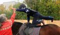 Гимнастические упражнения на лошади