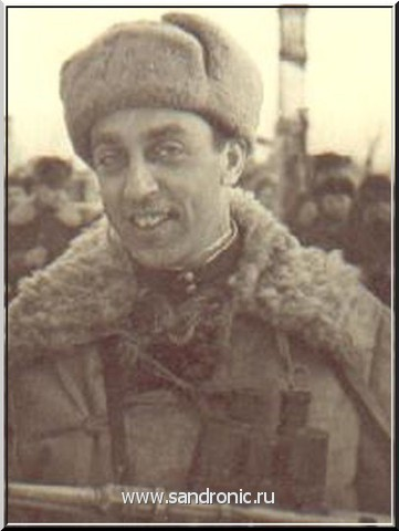 "Г. Акмолинский.""Я вам не скажу за всю Одессу..."" У витрины. Александр Корчагин."