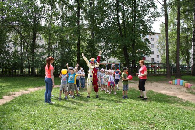 """Ура! Лето! Летний спортивный праздник в детском саду """"Ласточка"""""""